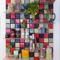 Confetti_shelf_system_C09_lifestyle_kitchen_1